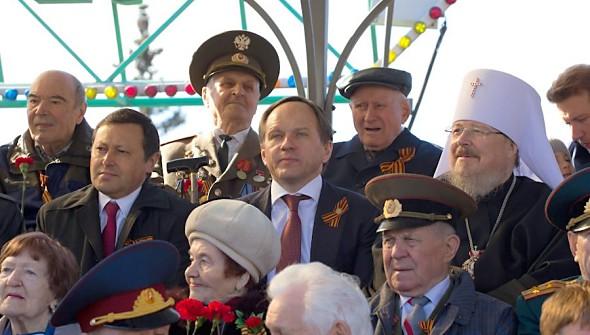 Эдхам Акбулатов, Лев Кузнецов и митрополит Пантелеимон